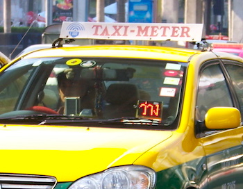 Mfiez Vous Des Taxis Stationns Prs Htels Et Surtout Lieux Touristiques Ils Refusent Frquemment Dutiliser Le Compteur Proposeront